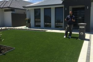FAKE GRASS ELLENBROOK THE VINES AVEALY
