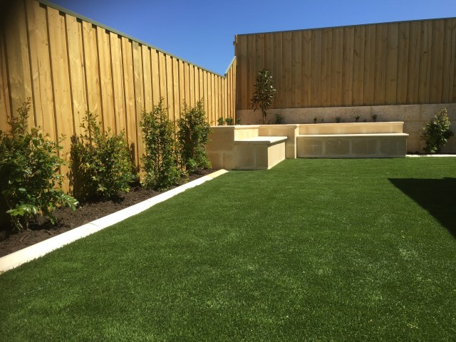 9 steps ultimate guide to clean fake lawn wa turf gurus