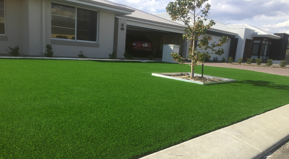 Swan Valley artificial grass installation in Landsdale Front yard.