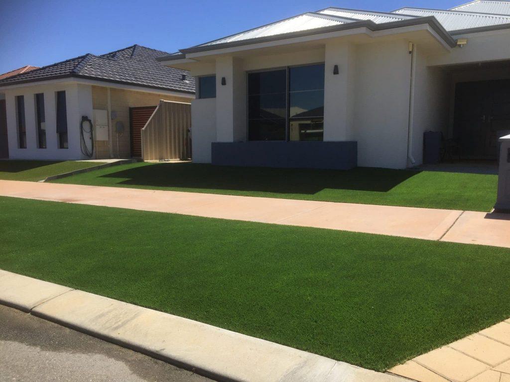 Artificial grass installation Caversham Swan valy artificial grass