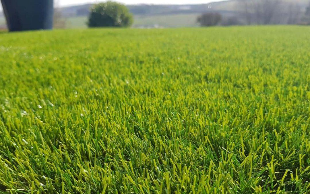 10 Ultimate Artificial Grass Maintenance Tips Perth :How To Clean Synthetic Grass-pro-Guide